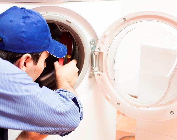 Contratar un profesional para reparar sus electrodomésticos